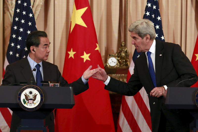 U.S. Secretary of State John Kerry and Chinese Foreign Minister Wang Yi inWashington, D.C., February2016
