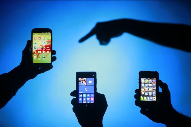 Smartphones in Zenica, Bosnia, May 2013