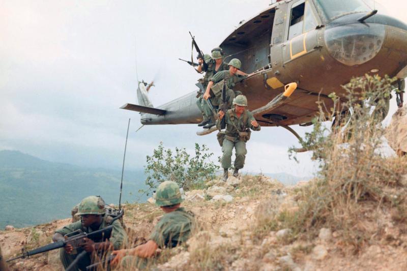 U.S. soldiers in Vietnam, April 1967