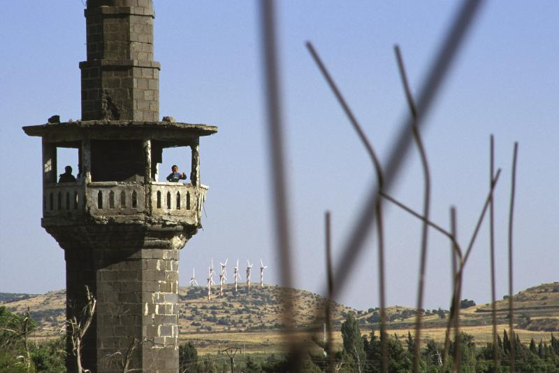 A damaged minaret near the town of Quneitra in the Golan Heights, Syria,May2005