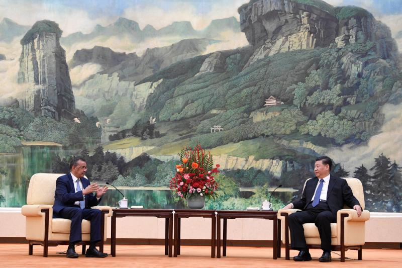 Xi and WHO directorTedros Adhanomin Beijing,January 2020