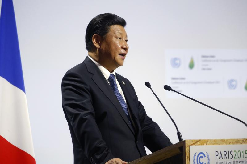 Xi Jinping speaks at the World Climate Change Conference in Le Bourget, France, November 2015