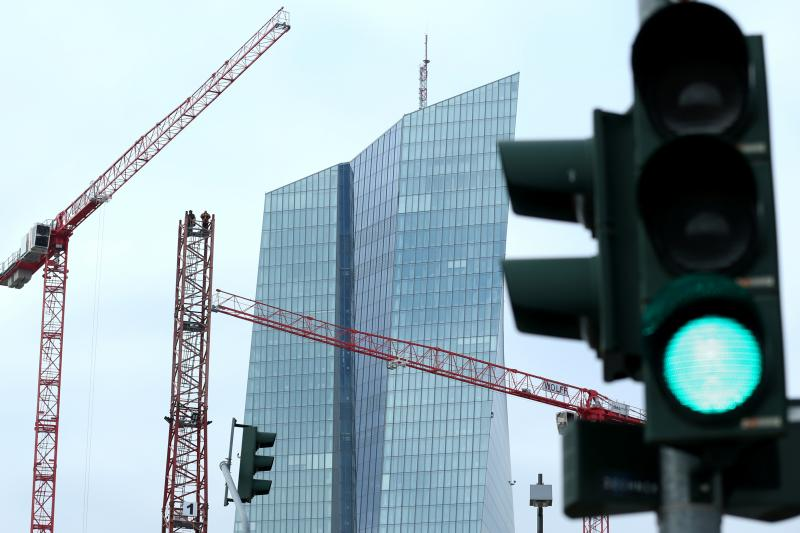 Cranes outsidethe ECB headquarters in Frankfurt, Germany, January2020