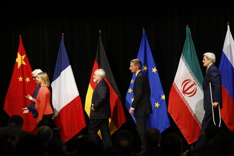 German Foreign Minister Frank Walter Steinmeier, High Representative of the European Union for Foreign Affairs and Security Policy Federica Mogherini, Iranian Foreign Minister Mohammad Javad Zarif, British Foreign Secretary Philip Hammond, and U.S. Secret