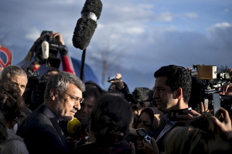 Hamid Baeedinejad, an Iranian official, speaks with press about negotiations on Iran's nuclear programme outside the Beau Rivage Palace Hotel in Lausanne, March 31, 2015.