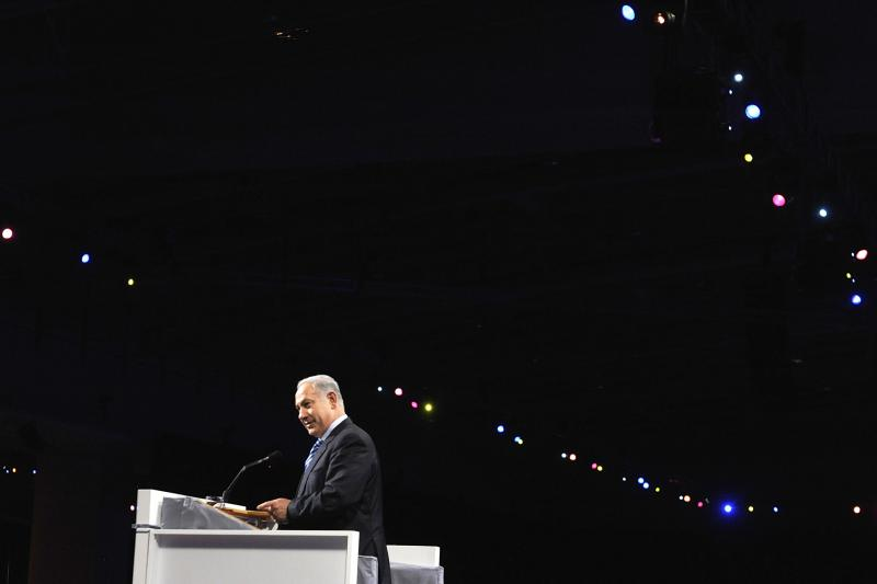 Israel's Prime Minister Benjamin Netanyahu takes the stage to address the gala banquet of the American Israel Public Affairs Committee (AIPAC) annual policy conference in Washington March 22, 2010.