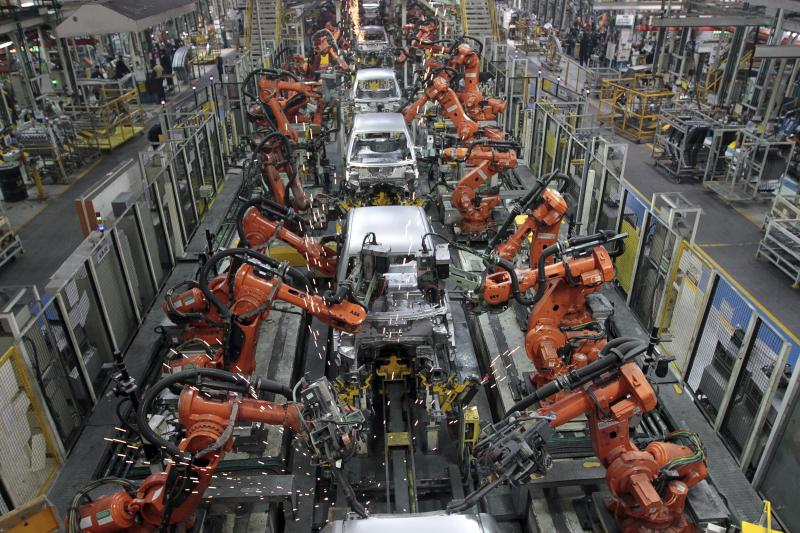 Ford cars are assembled at a plant of Ford India in Chengalpattu in the outskirts of southern city of Chennai March 5, 2012.