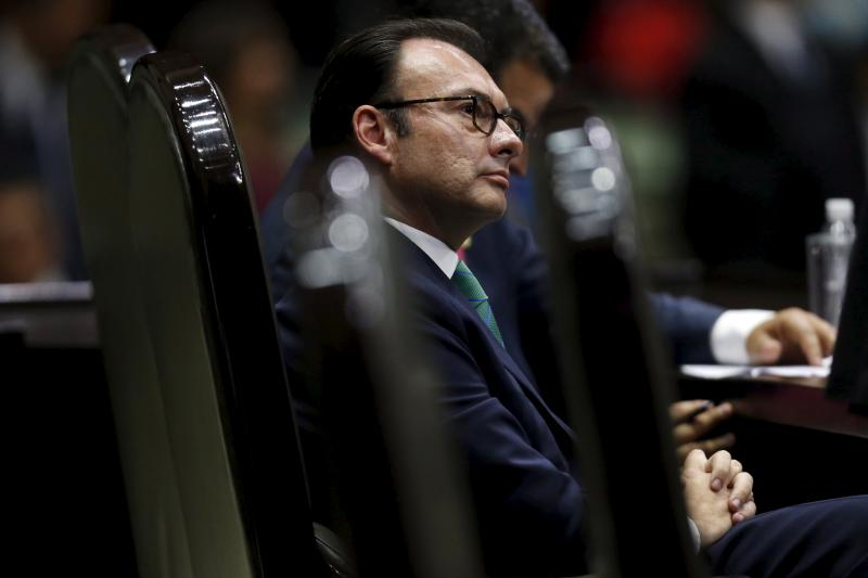 Mexican Finance Minister Luis Videgaray in the National Congress in Mexico City, October 2015. Although many think that Peña Nieto's government is Mexico's most corrupt since the late 1980s, so far calls for the president's resignation have foundered.
