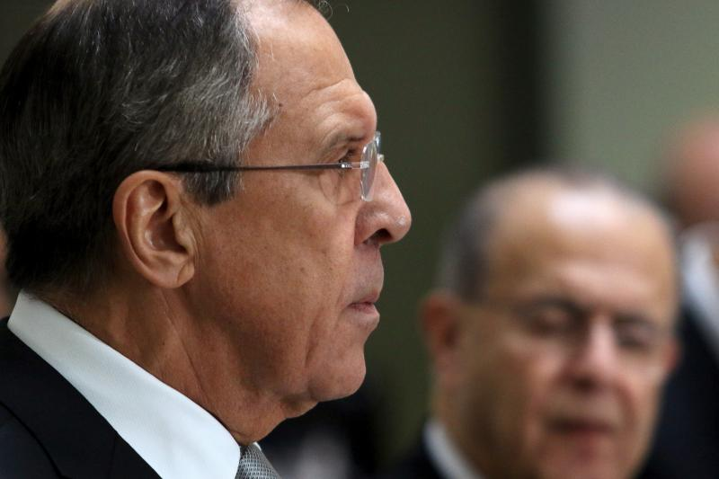 Russian Foreign Minister Sergei Lavrov and Cypriot Foreign Minister Ioannis Kasoulides attend a news conference at the Ministry of Foreign Affairs in Nicosia, Cyprus December 2, 2015.