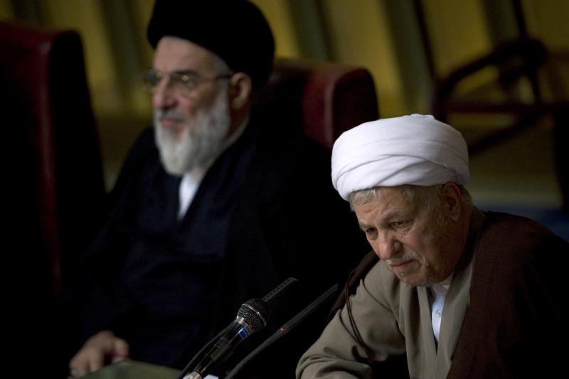 Akbar Hashemi Rafsanjani delivers the opening speech during the biannual meeting of the assembly in Tehran, September 22, 2009.
