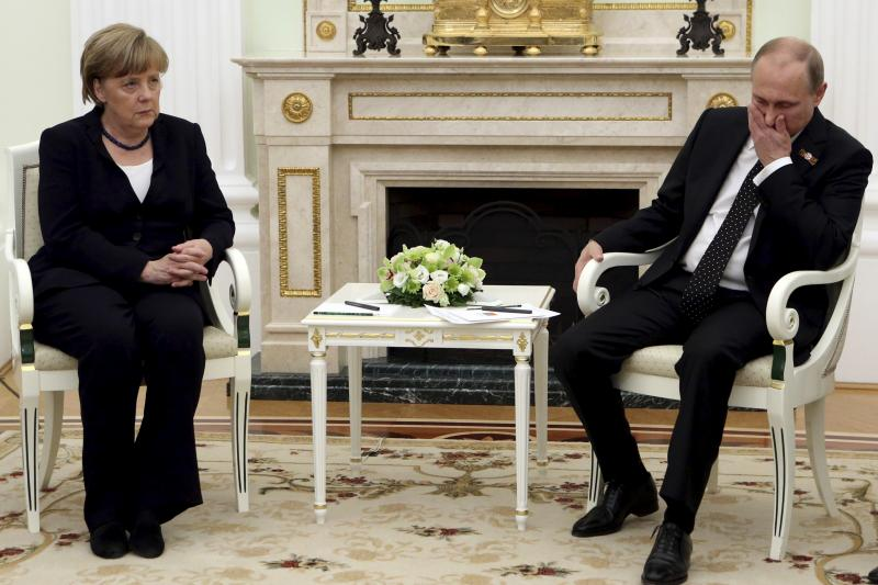 Russian President Vladimir Putin meets with German Chancellor Angela Merkel at the Kremlin in Moscow, Russia, May 2015.