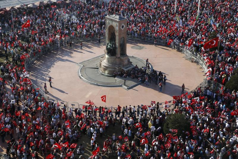 Supporters of various political parties gather in Istanbul's Taksim Square and wave Turkey's national flags during the Republic and Democracy Rally organized by main opposition Republican People's Party (CHP), Turkey, July 24, 2016.