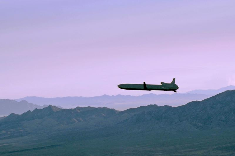 A cruise missile maneuvers during a Nuclear Weapons System Evaluation Program in Utah, September 2014.