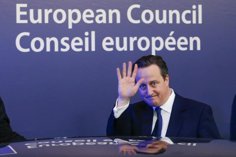 David Cameron leaves an EU leaders summit in Brussels, February 2016.