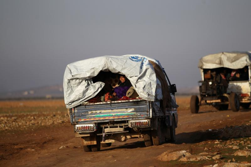 Syrians flee violence in the town of al-Bab, January 2017.