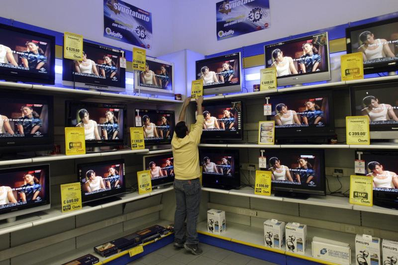 Televisions for sale in Rome, November 2008.