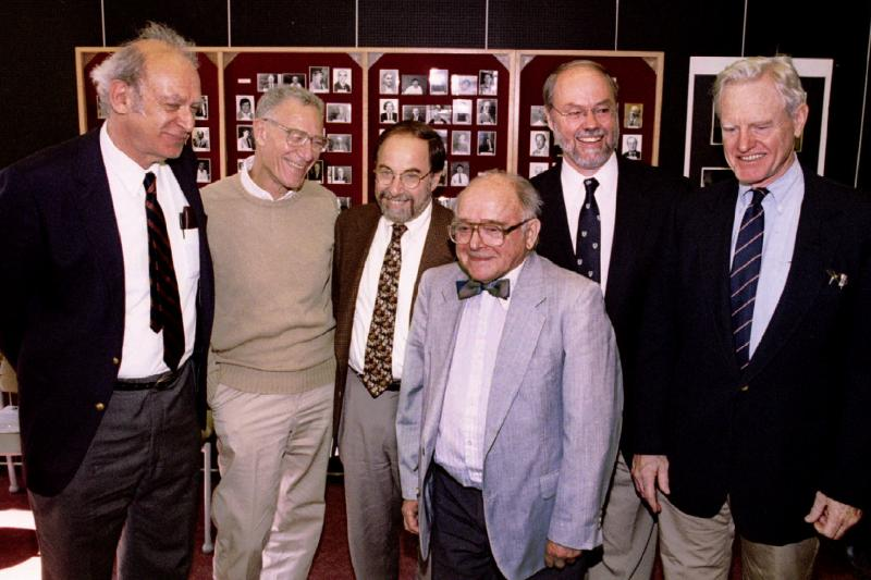 Economist Robert Solow (second from left) with other Nobel Prize recipients, October 1994.