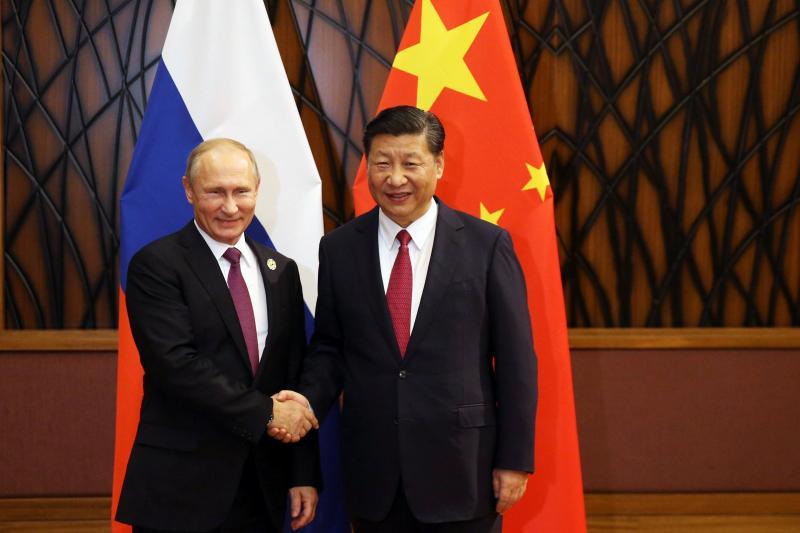 Putin and Xi in Vietnam, November 2017