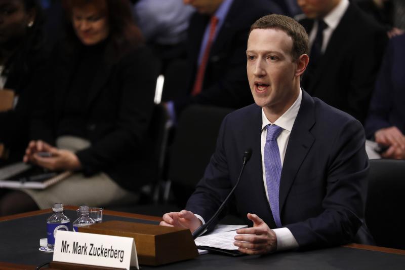 Facebook CEO Mark Zuckerberg testifies at a Senate hearing in Washington, April 2018.