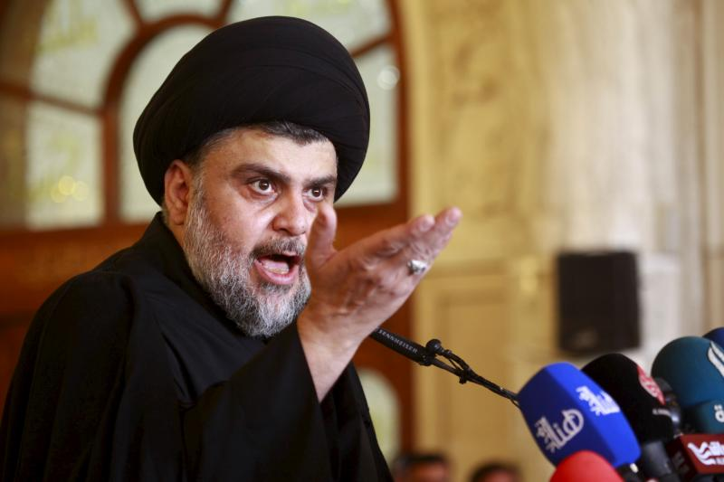 Sadr at a mosque in Baghdad, December 2015