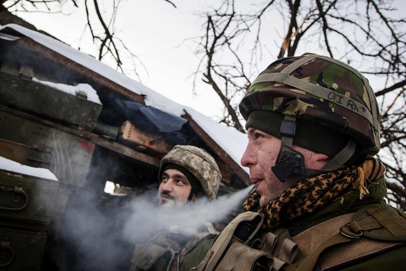 Ukrainian soldiers on the frontlines in the Donbas