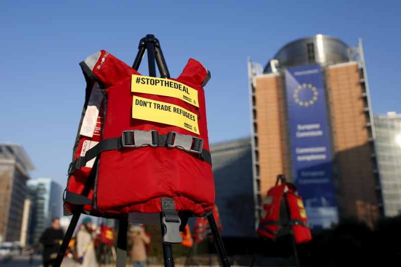 Lifejackets in front of the European Commission headquarters during a protest by Amnesty International against the EU-Turkey migration deal, Brussels, Belgium, March 2016.