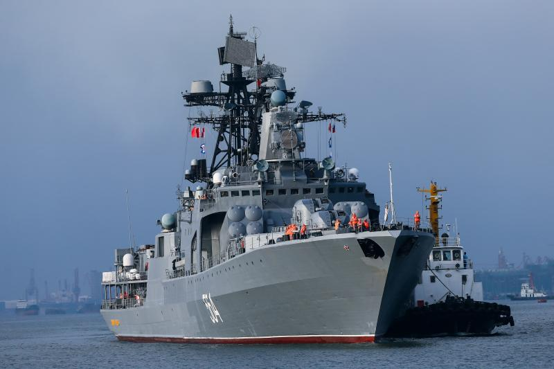 Russian ships are seen during a China-Russia naval drill at the port in Zhanjiang, Guangdong province, China, September 12, 2016.