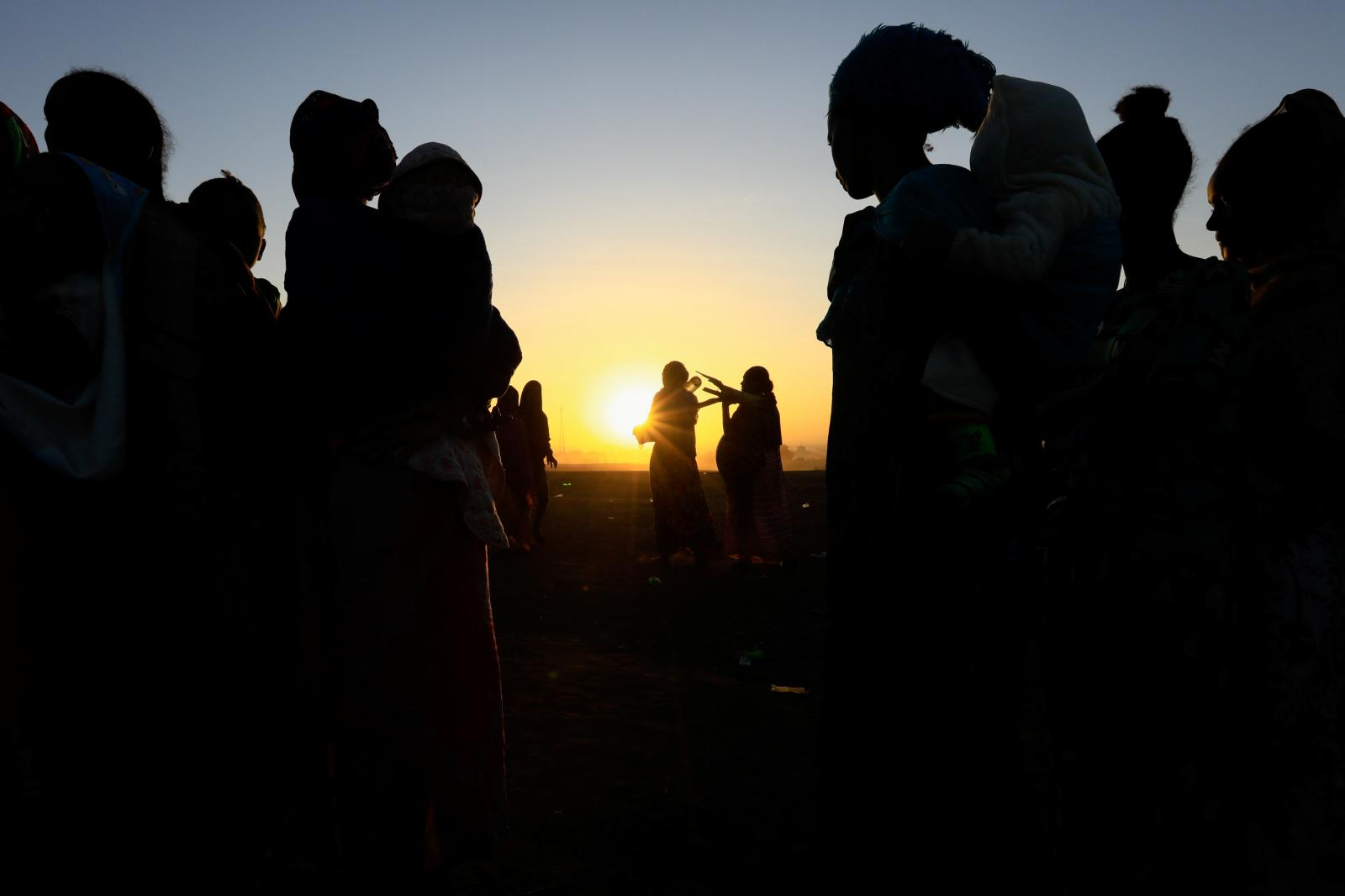 Ethiopians fleeing the war in Tigrayon the Sudan-Ethiopia border,December2020